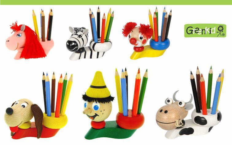 Dřevěné stojánky s pastelkami pro děti Greenkid - Pinochio a dřevěná zvířátka. Český výrobce kvalitních dřevěných hraček Abafactory.