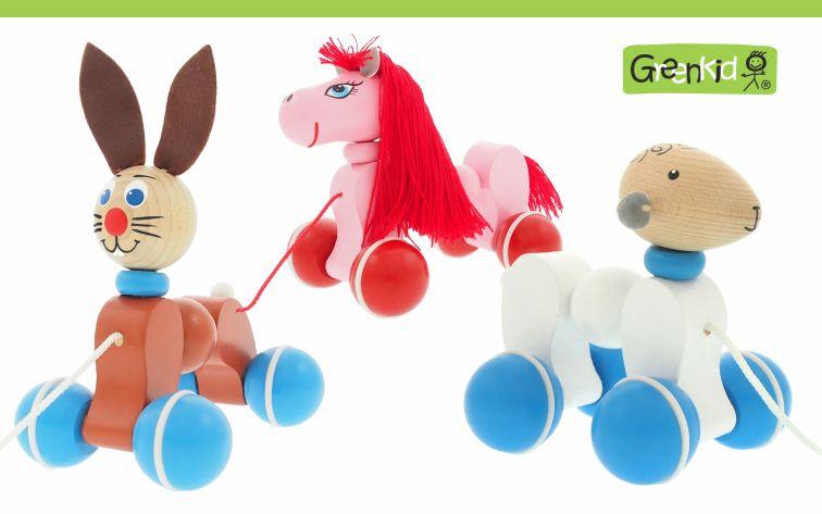 Kvalitní a bezpečné tahací hračky Greenkid. Dřevěná tahací zvířátka pro radost dětí. Česká výroba dřevěných hraček Abafactory. Poník - kočička - ovečka.