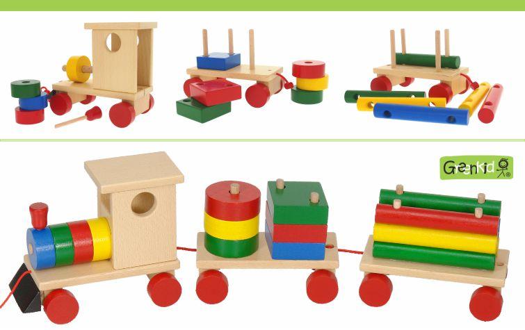 Kvalitní a bezpečné tahací hračky Greenkid. Dřevěný vláček a barevné kostky pro děti od českého výrobce Abafactory.