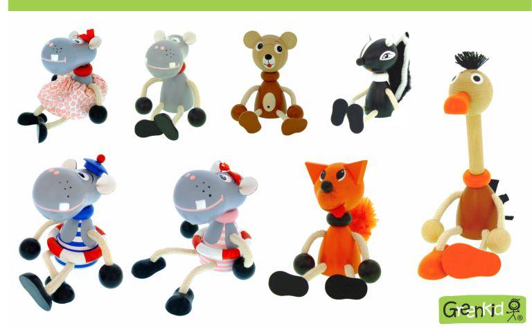 Dřevěné figurky a zvířátka Greenkid: hroch - hrošice - medvídek - liška - pštros. Kvalitní dřevěná hračka a dekorace pro děti. Česká výroba bezpečných dřevěných hraček Abafactory.