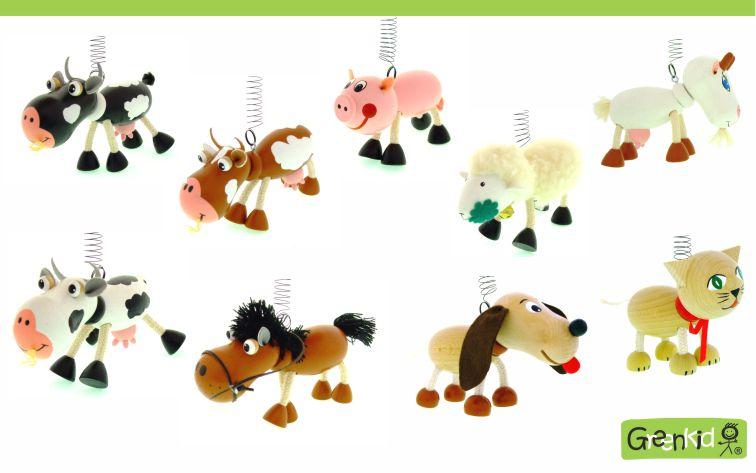 Dřevěná zvířátka na pružině Greenkid. Kravička, kráva - prasátko, prase - koník, kůň - ovečka, ovce - pejsek, pes - kočička, kočka. Dekorace do dětského pokoje. Česká výroba - Abafactory.